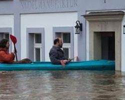 Almanya Göle Döndü: 4 Ölü