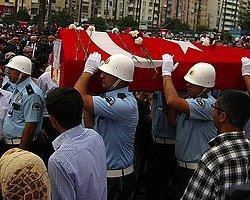 Şehit Polis İçin Adana'da Tören