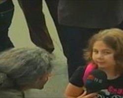 İşte Taksim Gezi Parkı'ndaki O Küçük Direnişçi Kız