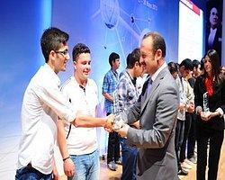 Tübitak, Girişimci Liselilerin Başarılı İş Fikirlerini Ödüllendirildi
