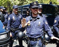 İspanya'da El Kaide Operasyonu: 8 Gözaltı