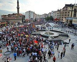 """Bolu'da Gezi Parkı Eylemcilerine """"İzinsiz Afiş"""" Cezası"""