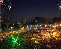 Tahrir'de Halk Orduyu Desteklemek İçin Toplandı