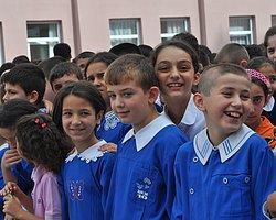 Milli Eğitim'den Velilere: Oğlanı Bırakın, Kızı Kontrol Edin!
