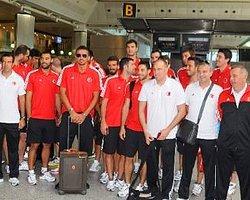 A Milli Basketbol Takımı, İstanbul'a Döndü
