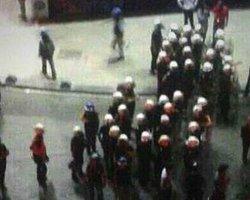 Polis Kadıköy'deki Gruba Müdahale Etti