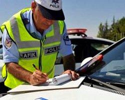 Trafikte Tüm Polisler Ceza Yazabilecek