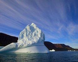 Kuzey Kutbu'ndaki Buzulların Hacmi Azalıyor