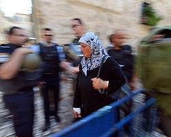 Kudüs'te Gergin Cuma