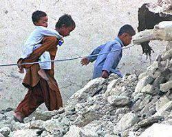 Pakistan'daki Depremde Ölü Sayısı 328'E Yükseldi