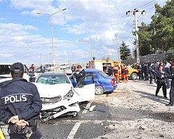 Afyonkarahisar'da Zincirleme Kaza 1 Ölü, 1 Yaralı