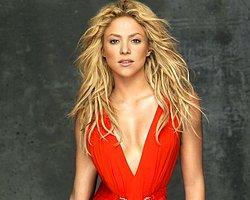 Shakira Kıvrımlarıyla Barışık