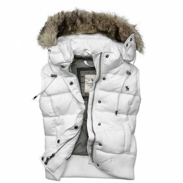 Женские жилетки с капюшоном пуховые купить женское пальто на меху из плащевки