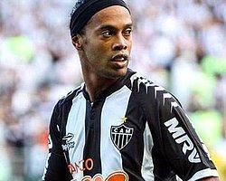 Ronaldinho Beşiktaş'ı Bekliyor