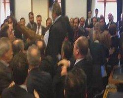 CHP'li Sarı 'Suç Delili' İpad'e Diye El Koydu