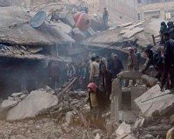 Suriye'de Her 12 Dakikada 1 Kişi Ölüyor