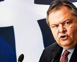 Yunan Dışişleri Bakanının İlginç Tespiti