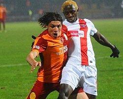 Galatasaray'ın Başını Beşiktaşlılar Yakıyor