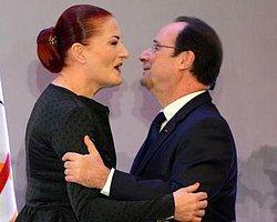 Candan Erçetin, Hollande'dan Sanat ve Edebiyat Nişanı Aldı