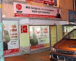 İşte MHP Seçim Bürosu Önünde Yaşananlar