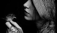 Kim o, deme boşuna... Benim, ben. Öyle bir ben ki gelen kapına; Başdan başa sen.