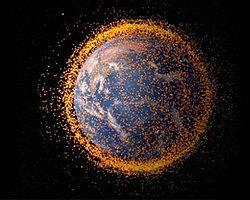 Uzay Çöpçüleri Ağ Atıyor