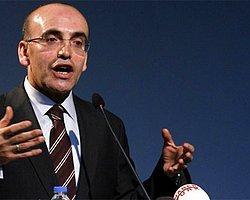 Maliye Bakanı'ndan Döviz Açıklaması