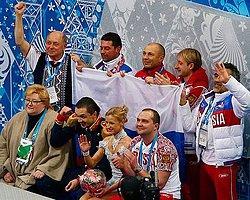 Rusya 19 Puanla Lider