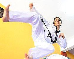 Türk Sporcu Kalbine Yenildi
