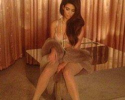 Kim Kardashian sosyal medyayı salladı