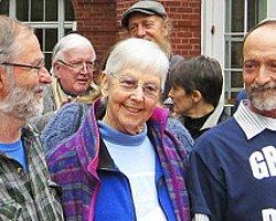 Nükleer Tesise Sızan 84 Yaşındaki Rahibeye Hapis Cezası