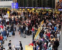 Frankfurt Havalimanı'na Yolcu Alımı Durduruldu!