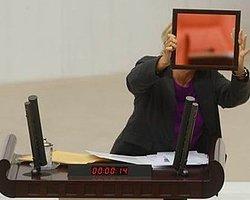 Meclis Kürsüsünde Bakanlara Ayna Tuttu