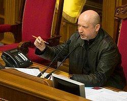 Turçinov: Rusya Kırım'ı İlhak Etmek İstiyor