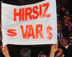 Erdoğan'a 'Hırsız Var' Pankartı Açtı, Gözaltına Alındı