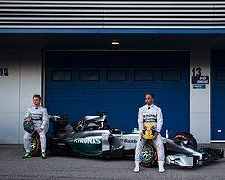Formula 1'de Işıklar Yanmaya Başladı
