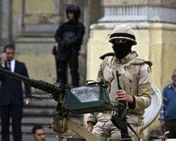 Mısır'da 6 Asker Namaz Kılarken Öldürüldü