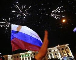 Kırım: Parlamento Rusya'ya Katılmak İçin Başvuru Yaptı
