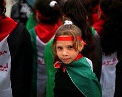 Ölüm Kuşatması Gazze'de Protesto Edildi