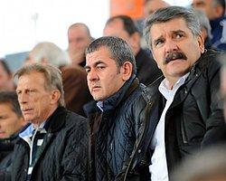 Bursaspor Başkanı Kendi Taraftarına Saldırdı!