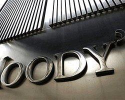 Moody's 10 Türk Bankasını Olası Bir Not İndirimi İçin İzlemeye Aldı