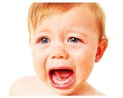 Bebeğinize sadece hislerinizle yaklaşarak ağlama sebebini öğrenmeniz çok daha kolaylaşacaktır.
