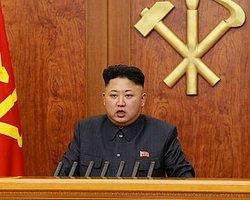 Kuzey Kore'de Erkeklere Zorunlu Başkan Traşı