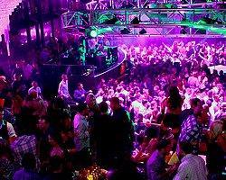 Gece Kulüplerinde En Çok Yaşanan 15 Sıkıntılı Durum