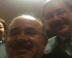 Melih Gökçek Ve Hüseyin Çelik Özgür Twitter'a Selfie İle Döndü