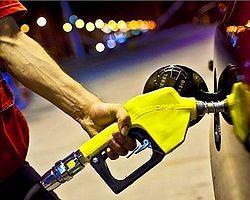 Benzin ve Motorinde 4 Kuruşluk İndirim