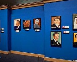 George W. Bush'un Yağlıboya Tabloları İlk Kez Sergilendi