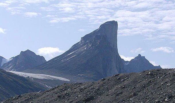 En yüksek uçurum - Thor Dağı