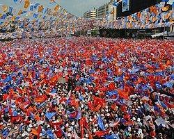 AKP İle Zamana Yayılmış Bir Halk 'İhtilâli' Yaşanıyor
