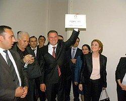Hatay Büyükşehir Belediye Başkanı Mazbatasını Aldı